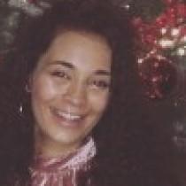 Profile picture of Naomi Aly